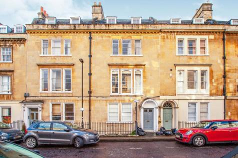 New King Street, Bath. 1 bedroom flat