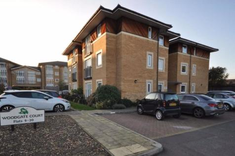 Woodgate Court, Hornchurch. 2 bedroom flat