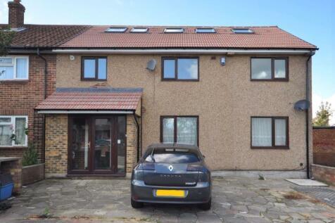 Somerville Road, Chadwell Heath, Romford. 1 bedroom flat
