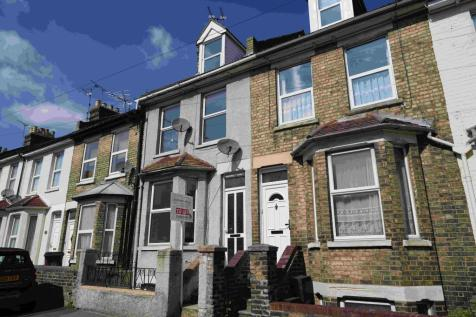 Rochester Avenue, Rochester, Kent, ME1. 4 bedroom terraced house