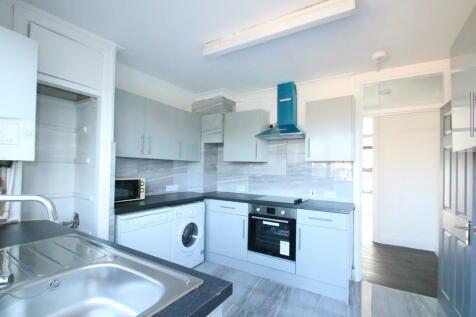 South End, Croydon. 3 bedroom apartment