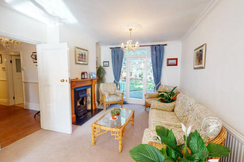 Friends Road, East Croydon. 4 bedroom detached house for sale