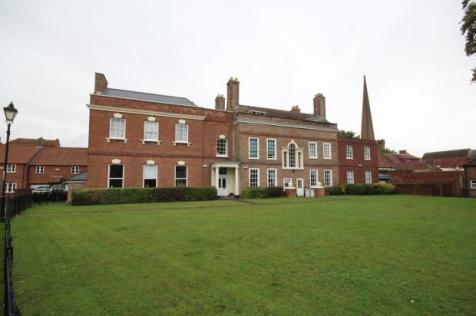 Priory Court, Bridgwater. 2 bedroom penthouse for sale