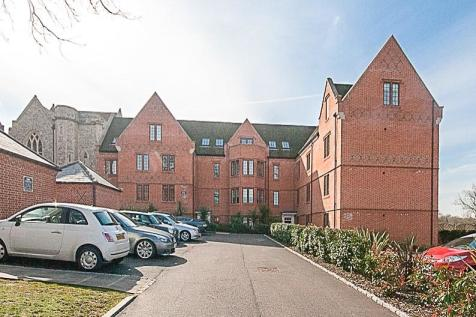 The Galleries, Brentwood, Essex, CM14. 1 bedroom apartment