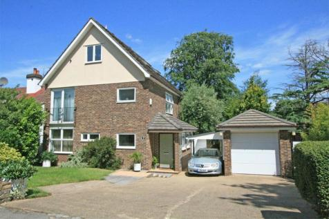 Park Avenue, Bromley, Kent. 4 bedroom detached house