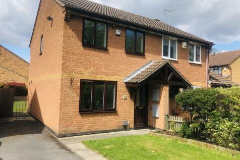 Hubbard Close, Whetstone, Leicester property