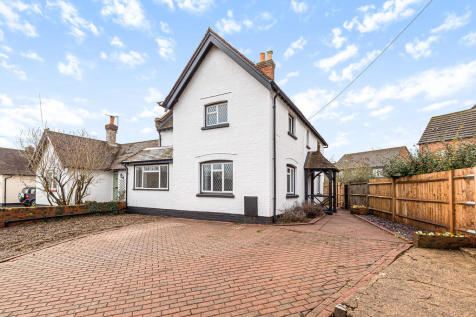 Kiln Barn Road, Ditton. 4 bedroom semi-detached house