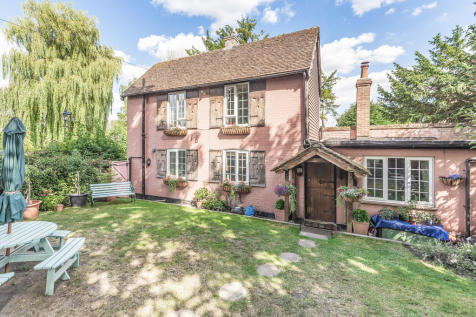 Bradbourne Lane, Ditton. 2 bedroom detached house