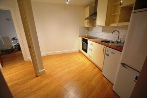 Frobisher House, Westgate, Peterborough, PE1 1RG. Studio flat