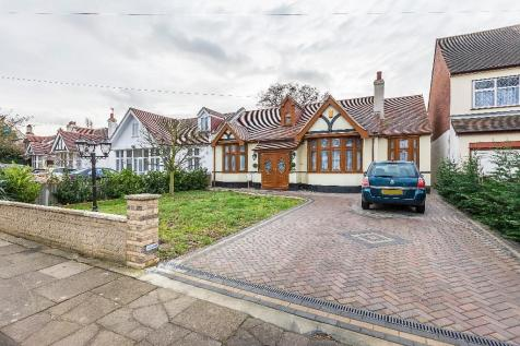 Parkway, Ilford, Essex, IG3. 4 bedroom semi-detached bungalow for sale