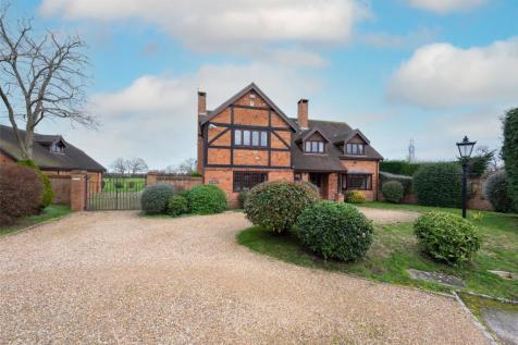 Douglas Grange, Hurst, Reading, Berkshire, RG10. 5 bedroom detached house for sale