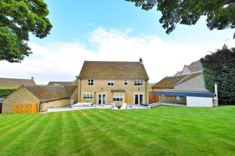 Totley Hall Croft, Sheffield. 5 bedroom detached house for sale