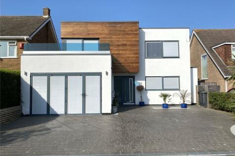Jellicoe Avenue, Alversoke, Gosport, Hampshire, PO12. 4 bedroom detached house for sale