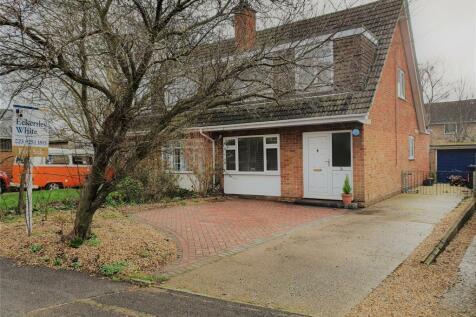 Clayhall Road, Alverstoke, Gosport, Hampshire, PO12. 3 bedroom semi-detached house for sale