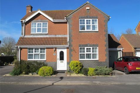 Fieldhouse Drive, Lee-On-The-Solent, Hampshire, PO13. 3 bedroom detached house