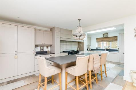 Old London Road, Brighton. 4 bedroom detached house for sale