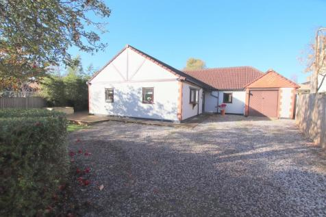 Hamwood, Taunton, Somerset, TA1. 3 bedroom detached bungalow for sale
