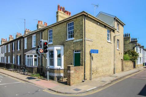 Parker Street, Cambridge. 3 bedroom end of terrace house