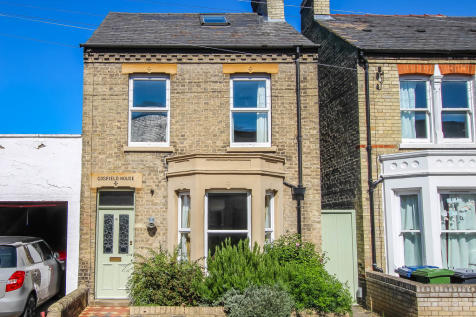 Marshall Road, Cambridge. 3 bedroom link detached house for sale