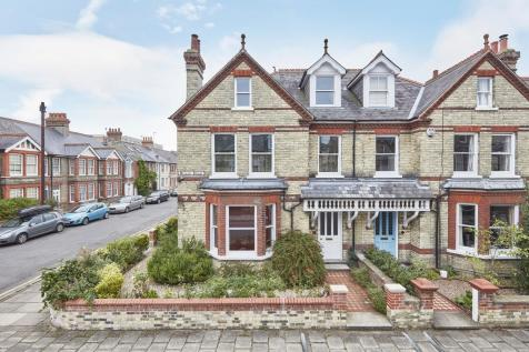 Willis Road, Cambridge. 7 bedroom semi-detached house for sale
