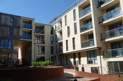 Printing House Square, Martyr Road. 3 bedroom apartment