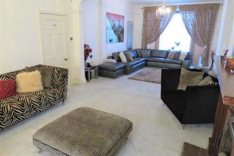 Park Road, Peterborough. 6 bedroom semi-detached house for sale