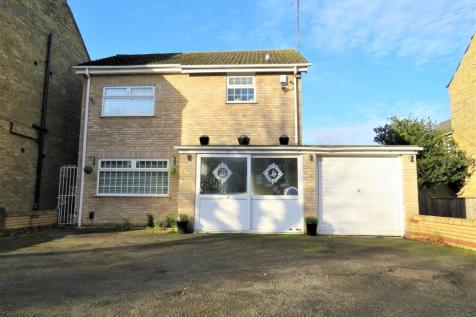 Broadway, Peterborough. 3 bedroom detached house for sale