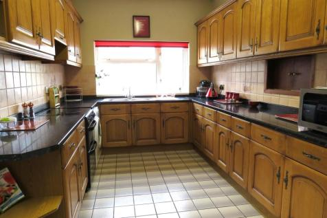 Eastfield Road, Peterborough. 4 bedroom semi-detached house for sale