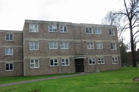 Malvern Court, Addington Road, Reading, RG1. 2 bedroom apartment