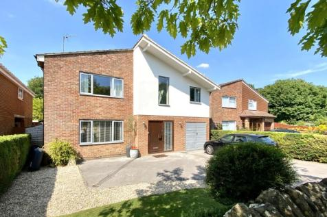 Springfield Road, Old Town, Swindon, SN1. 5 bedroom detached house for sale