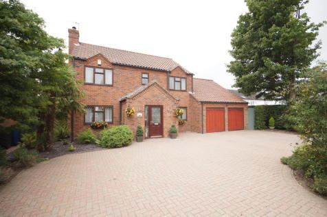 Mays Lane, Saxilby, Lincoln. 4 bedroom detached house for sale