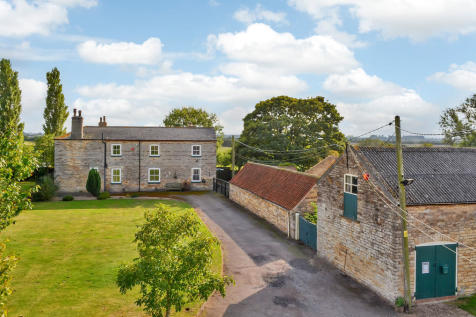 Tillbridge Lane, Sturton By Stow, Lincoln. 5 bedroom farm house