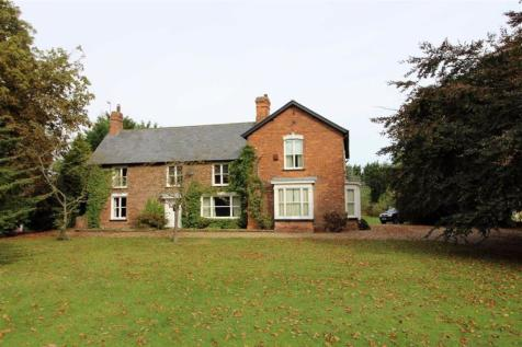 Swine Lane, Coniston, East Yorkshire. 6 bedroom detached house