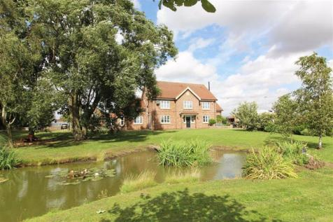 Hull Road, Woodmansey, East Yorkshire. 5 bedroom detached house