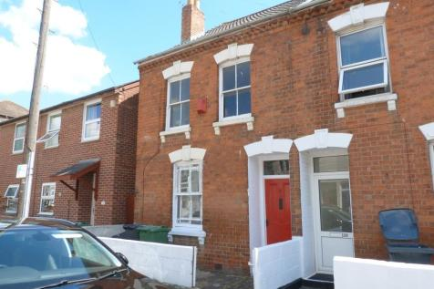 Weston Road, Gloucester. 4 bedroom semi-detached house