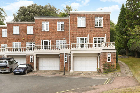 Carlton Crescent, Tunbridge Wells. 3 bedroom town house for sale