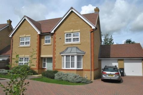 Longmead, Buntingford, Buntingford, SG9 9EF. 5 bedroom detached house