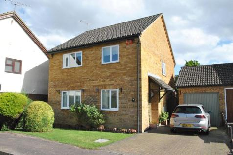 Chequers Close, Buntingford, SG9 9TB. 4 bedroom detached house