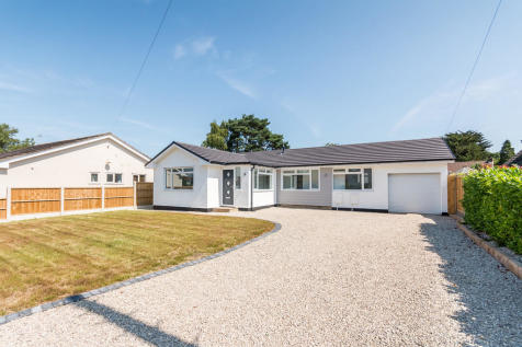 Dorset Avenue, Ferndown, Dorset. 3 bedroom detached bungalow