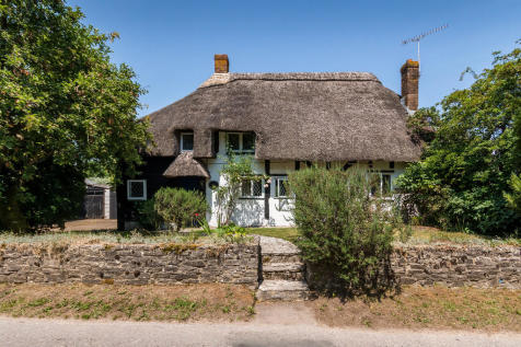 Fryern Court Road, Burgate, Fordingbridge. 3 bedroom cottage for sale
