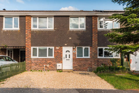 Hightown Gardens, Ringwood, Hampshire. 3 bedroom terraced house for sale