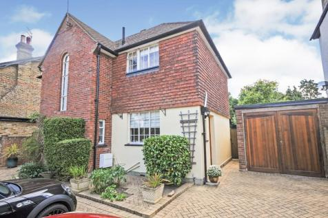 St Johns Road, Sidcup, DA14 4HA. 3 bedroom detached house