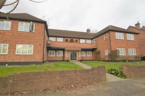 Shakespeare Road, Mill Hill, NW7. 2 bedroom flat