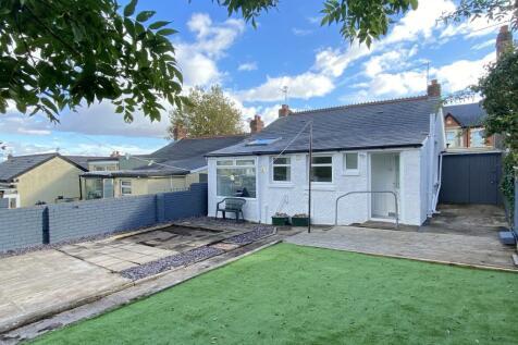 Barry Road, BARRY. 3 bedroom bungalow