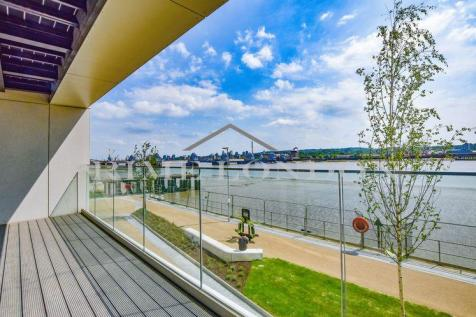Liner House, 16 Admiralty Avenue, Royal Wharf. 2 bedroom apartment