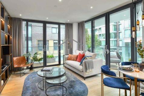 Neroli House, Goodman's Fields, Aldgate East. 3 bedroom apartment for sale