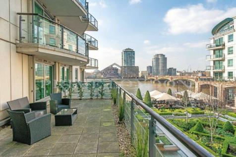 Flagstaff House, St George Wharf, Vauxhall. 2 bedroom apartment