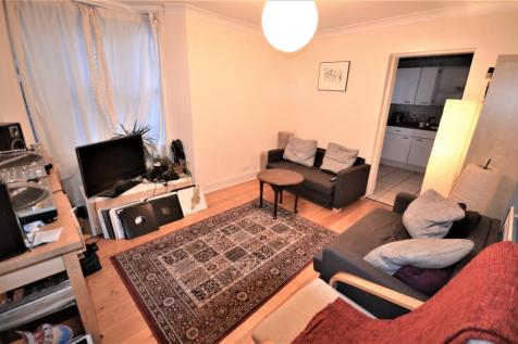 Oswyth Road, Camberwell, SE5. 2 bedroom flat