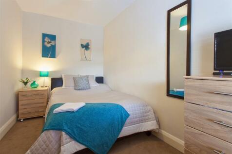 Hurst Road, Bexley. 1 bedroom house share