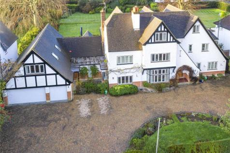 North Park, Gerrards Cross, Buckinghamshire, SL9. 7 bedroom detached house for sale